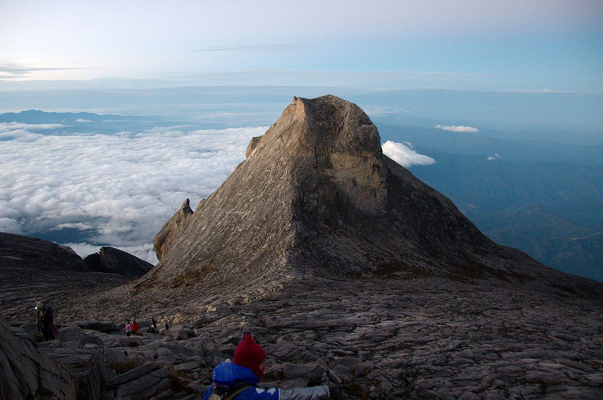 Trekking évasion à travers le Mont Kinabalu